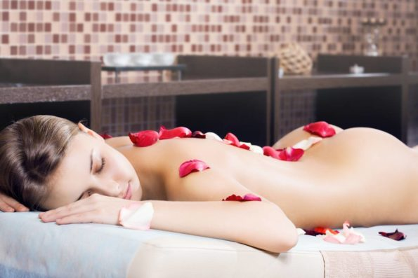 Se faire des massages avec des huiles aphrodisiaques